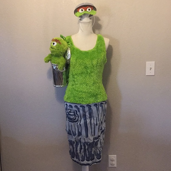 Oscar The Grouch Costume And Backpack Sesame St